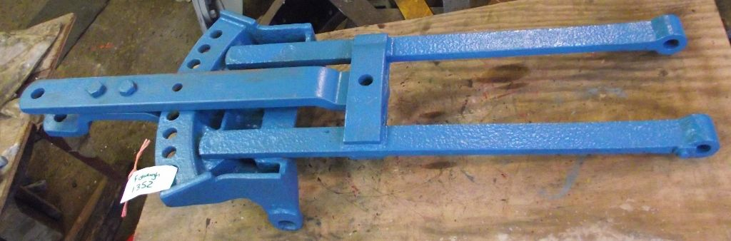 Used Tractor Draw Bars : Fordson major tractor hitch and swinging drawbar